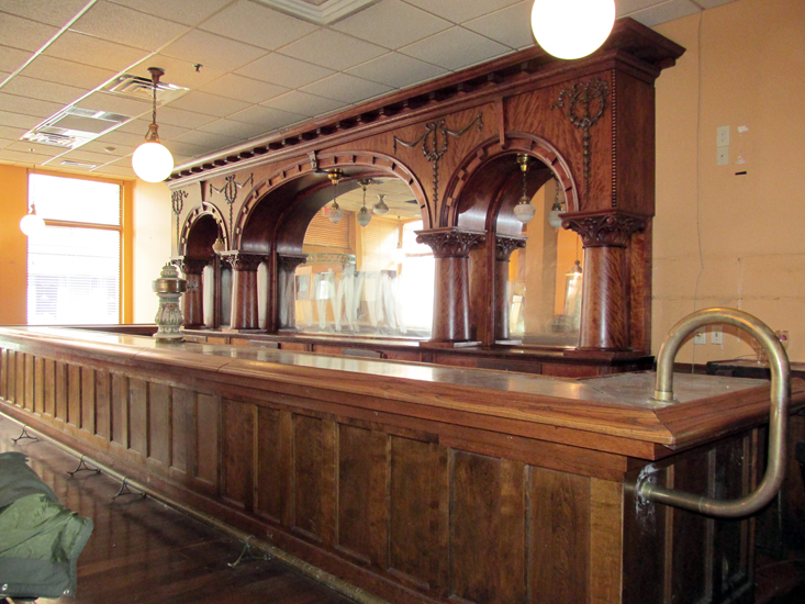 Brunswick Mahogany 20 Triple Arch Front And Back Bar